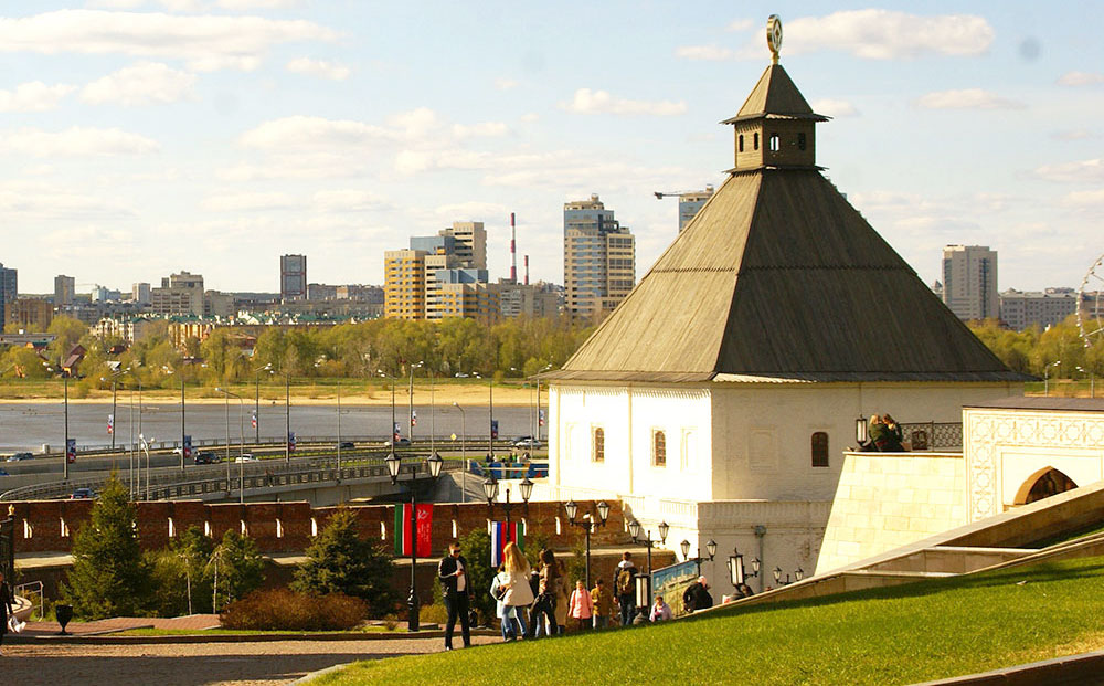 тайницкая башня кремля в Казани