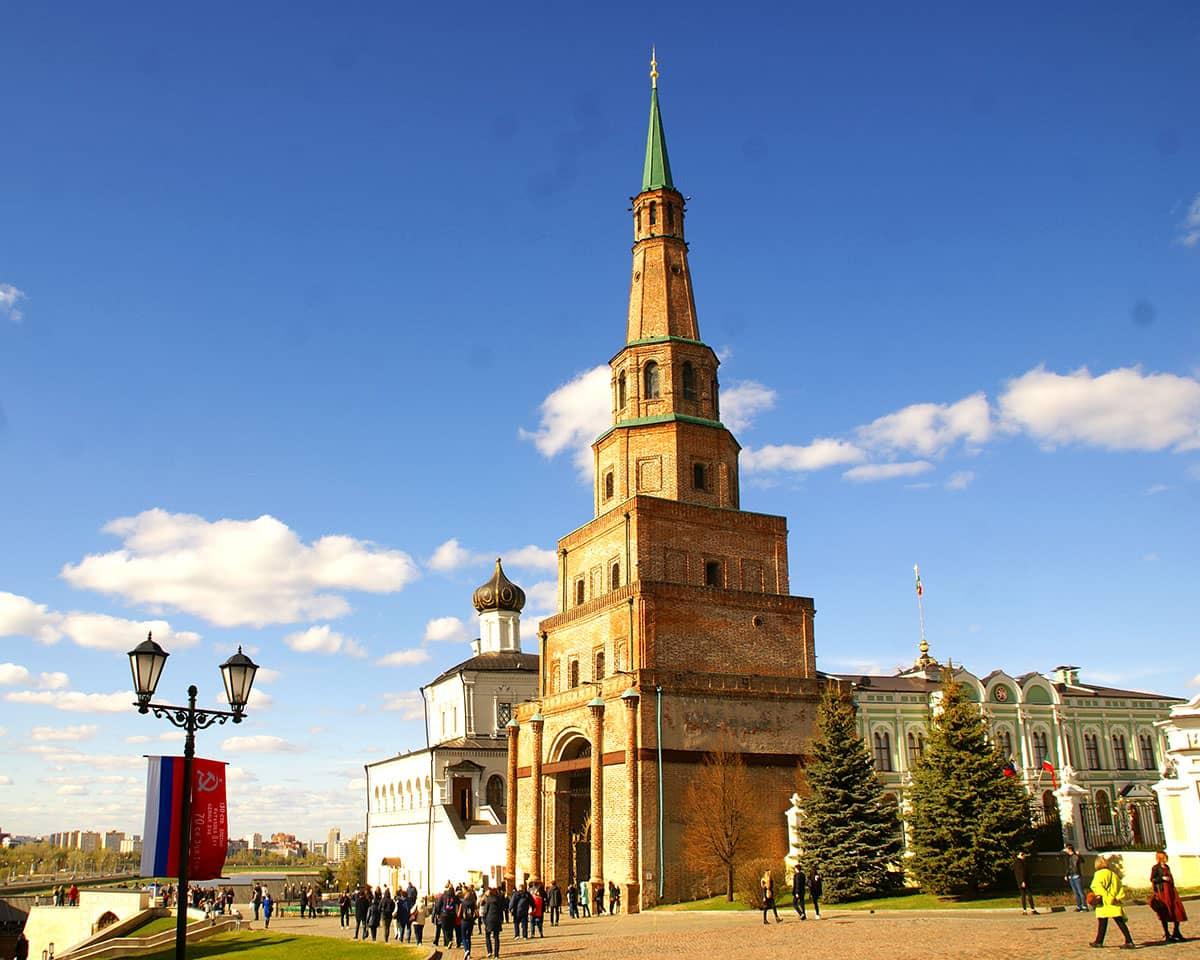 башня сююмбике казань - это как пизанская башня