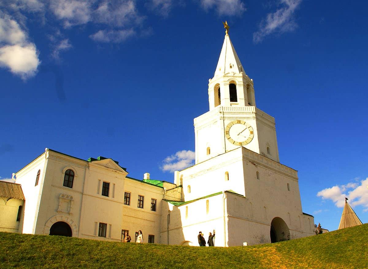 спасская башня казань - вход на территорию Казанского Кремля