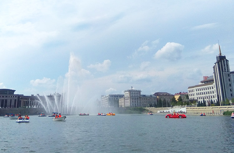 Набережная озера Кабан в Казани