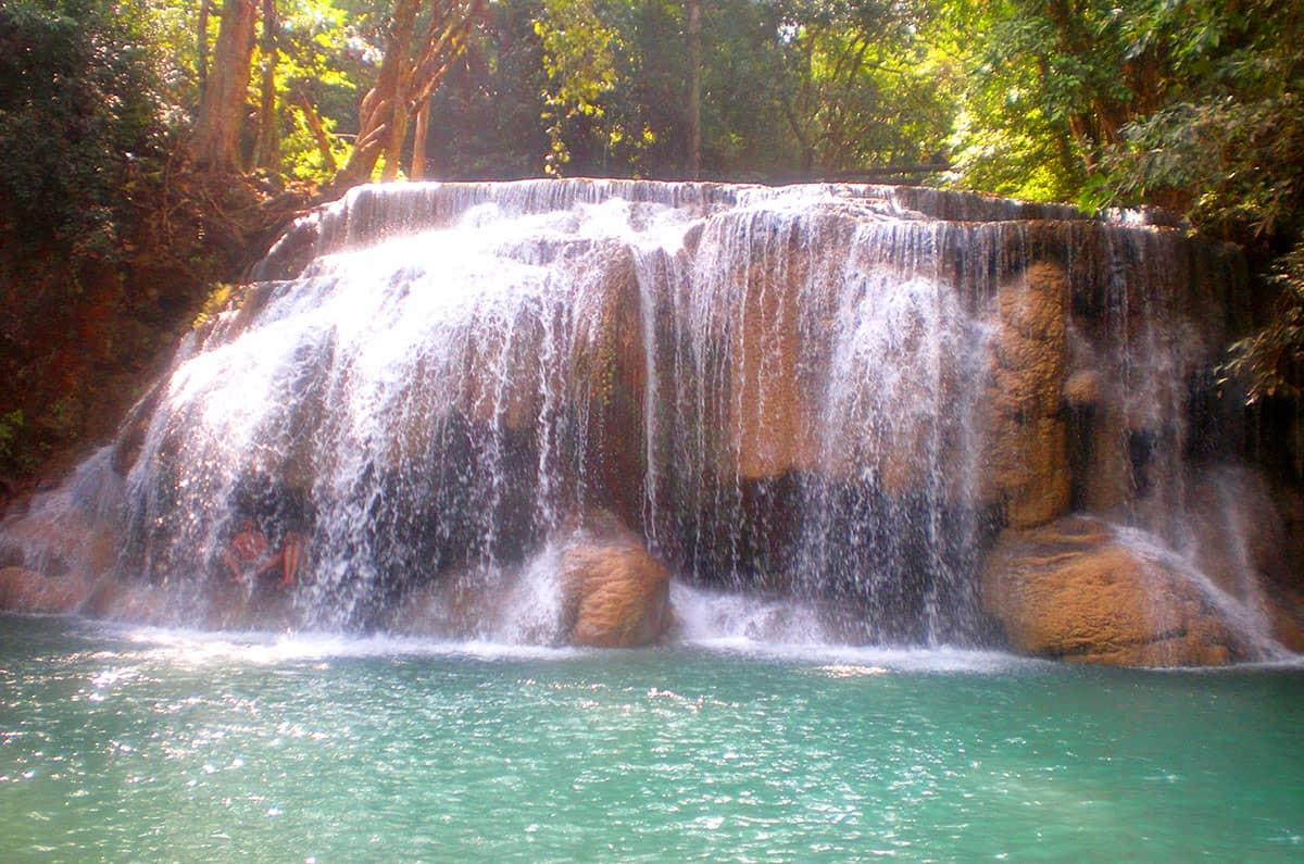 Водопад Эраван имеет 7 уровней