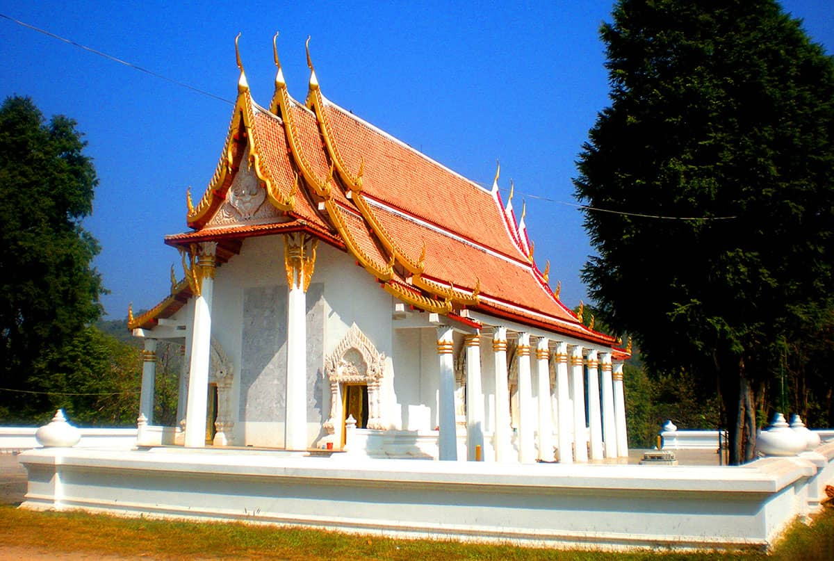 Необычный Храм Обезьян в Паттайе