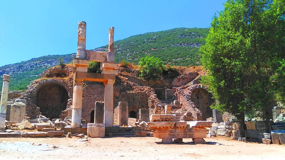 древнегреческий город Эфес - таинственное место