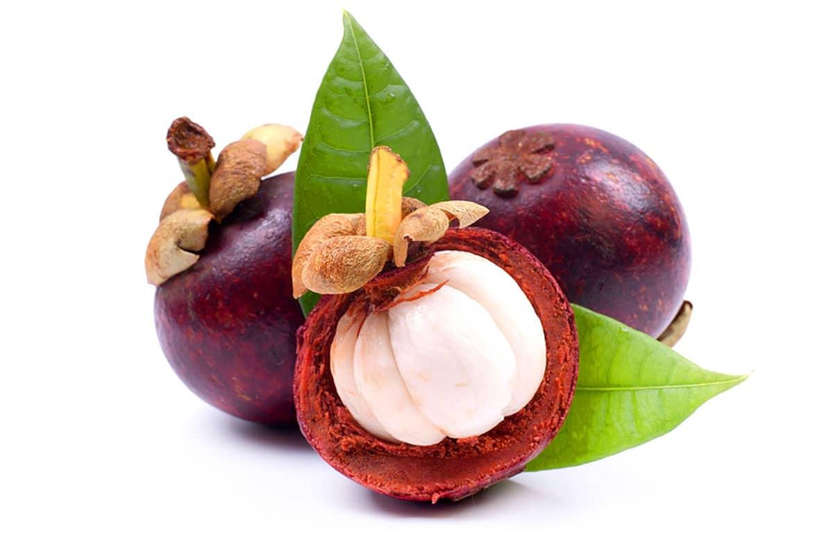 мангостин фрукт из Таиланда - очень вкусный плод