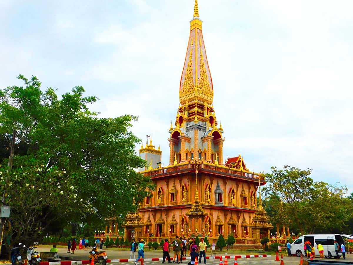 Храмовый комплекс Ват Чалонг на Пхукете