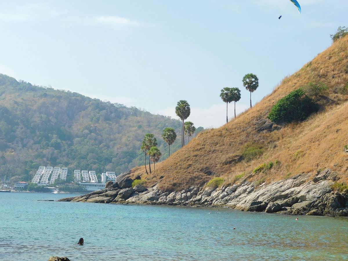 Пляж Януй на острове Пхукете
