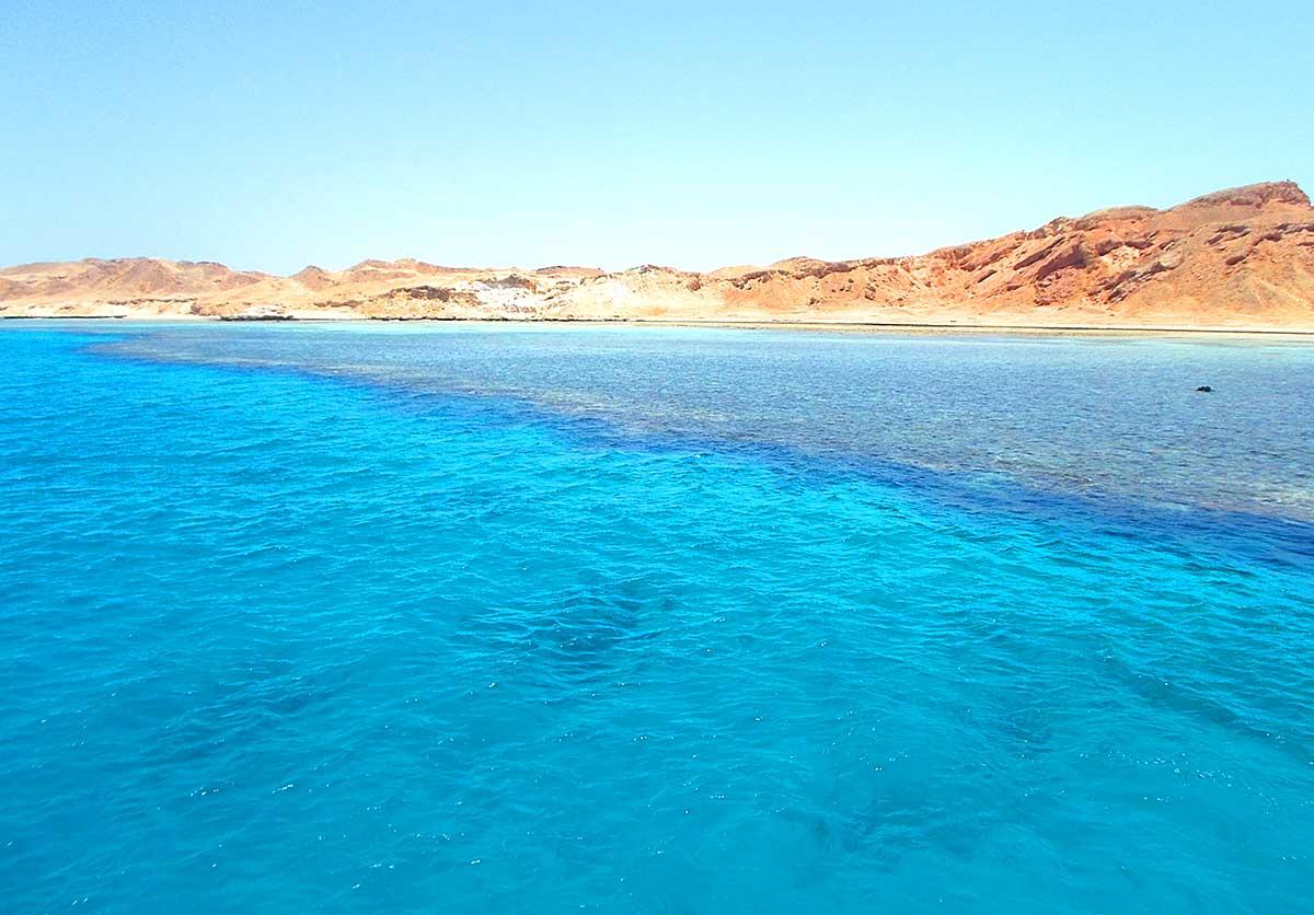 В Египете бирюзовое море и яркий подводный мир
