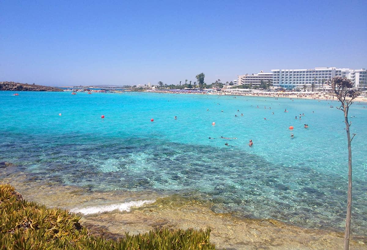 Перед поездкой на Кипр нужно сделать про-визу