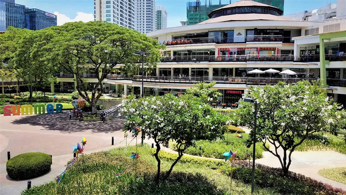 Филиппины заняли первое место по темпам роста экономики в Азии