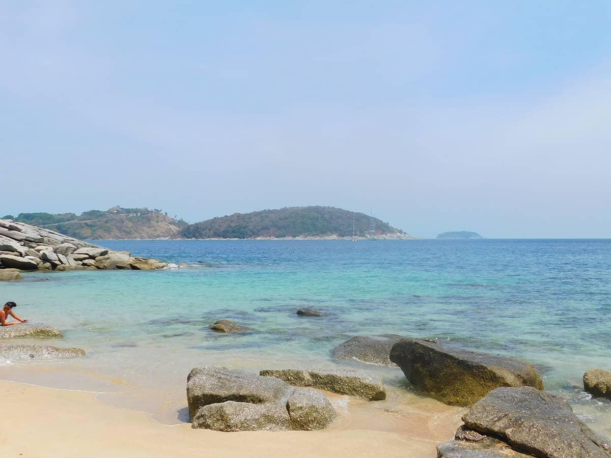 Пляж Ао Сейн Пхукет подойдет для снорклинга
