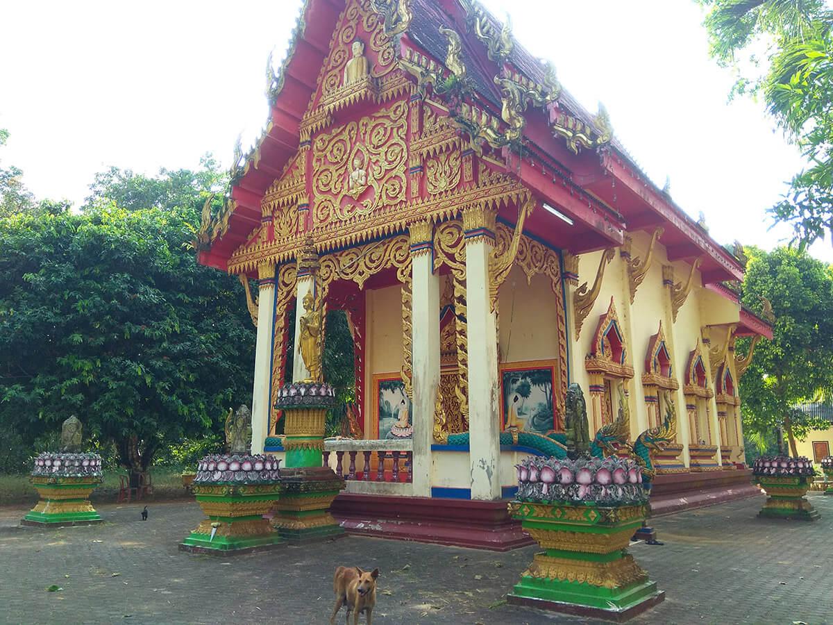 Буддийский храм Wat Huai Tai