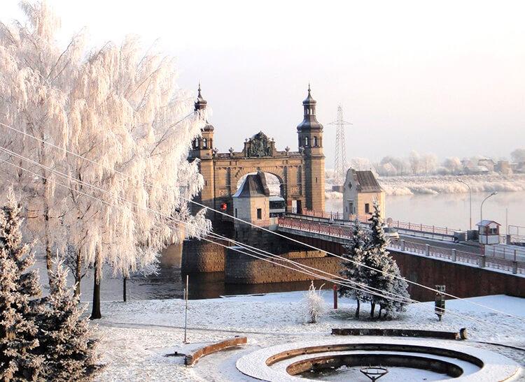 куда поехать зимой в россии